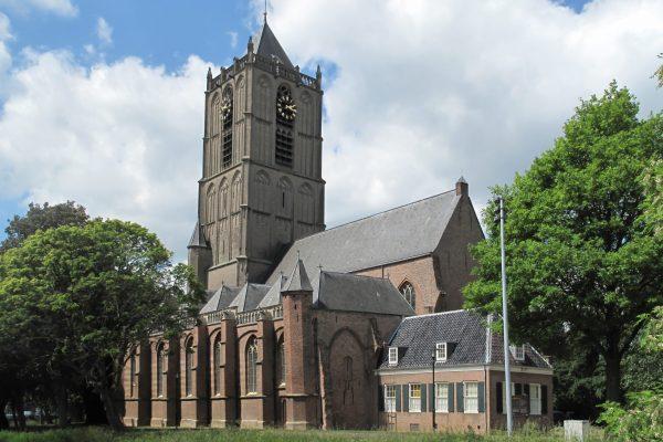 Tiel,_kerk1_foto5_2011-05-14_14.16